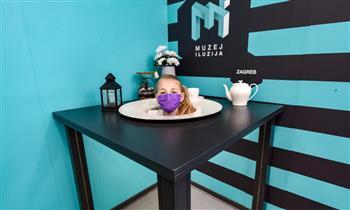 """""""متحف الأوهام"""" في كرواتيا يقدم رؤوس زواره على أطباق"""