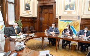 وزير الزراعة يهنئ تنسيقية شباب الأحزاب والسياسيين بمناسبة مرور ٣ سنوات على تأسيسها