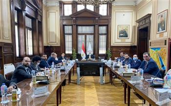 تفاصيل لقاء وزير الزراعة مع وفد تنسيقية شباب الأحزاب والسياسيين |صور