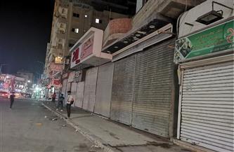 المحال والمقاهي في شمال سيناء تلتزم بمواعيد الإغلاق