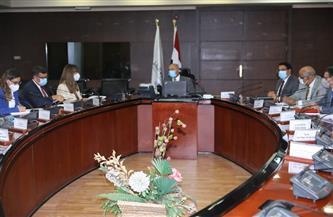 وزير النقل: دراسة عرض تحالف مصري دولي لتنفيذ إنشاء وصلة سكك حديدية تربط بين الميناء الجاف وميناء الإسكندرية