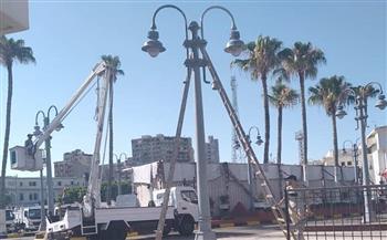 صيانة ودهان أعمدة الإضاءة الديكورية باستاد الإسكندرية   صور