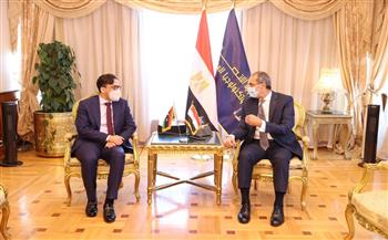 مباحثات مصرية ليبية مكثفة لتعزيز التعاون بين البلدين في مجالات الاتصالات وتكنولوجيا المعلومات والبريد| صور