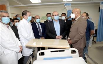 محافظ بني سويف يتفقد دعم المنظومة الصحية المقدمة من شركة تيتان للأسمنت | صور