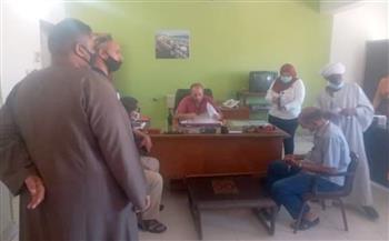 خلال لقاء المواطنين.. رئيس مدينة القصير يؤكد متابعته الطلبات باستمرار   صور