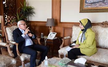 محافظ بورسعيد يستقبل مدير فرع هيئة الاعتماد والرقابة الصحية