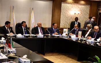 وزير الشباب والرياضة ونظيره الفلسطيني يشهدان اجتماع الجمعية العمومية للاتحاد العربي للرياضة للجميع