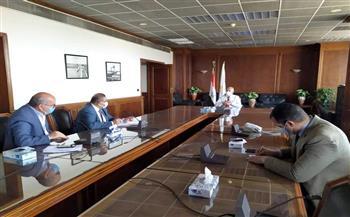 وزير الري يتابع موقف تنفيذ مشروعات الري الحديث
