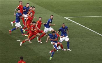ويلز تدافع وإيطاليا تتقدم بهدف في الشوط الأول بـ«يورو 2020»