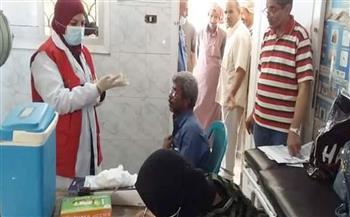 الكشف على 91 مواطنًا خلال قافلة طبية إلى «الزعفرانة» و«عرب عايش» في رأس غارب| صور