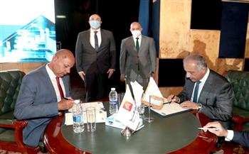 محافظ بني سويف يشهد مراسم توقيع بروتوكولات بين جامعة النهضة وعدة بنوك | صور