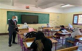 وكيل «تعليم الفيوم» يتفقد الامتحانات التجريبية لطلاب الثانوية العامة  صور