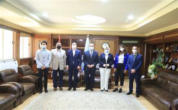 منحة مجانية لـ55 طالباً بالإعدادية الملتحقين بالثانوية العامة بكفر الشيخ   صور