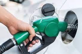 لبنان يرفع أسعار البنزين بأكثر من