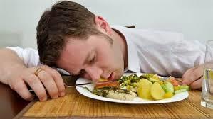 احذرها.. 7 أطعمة تسبب الكسل وفقدان الطاقة