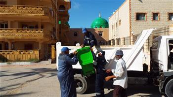 حملات نظافة ومقاومة البعوض وإنشاء مشايات لذوي الهمم وكبار السن بمصيف بلطيم   صور