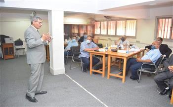 """رئيس جامعة سوهاج يفتتح فعاليات التدريب الثاني لأعضاء هيئة التدريس المرشحين لمنصب """"عميد كلية""""   صور"""