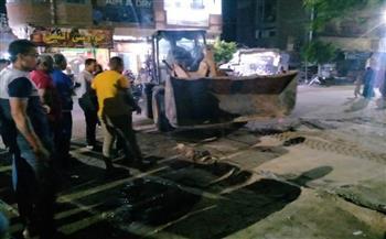 رئيس مدينة منيا القمح يشن حملة لرفع الإشغالات بالعزيزية  صور
