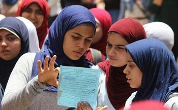 طالبات يحتفلن بانتهاء امتحانات الثانوية العامة بالشرقية   فيديو