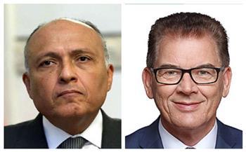وزير الخارجية يبحث مع وزير التعاون الاقتصادي والتنمية الألماني العلاقات الثنائية