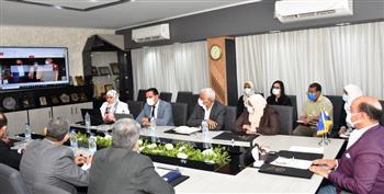 محافظ أسوان يلتقي وفد مركز معلومات مجلس الوزراء| صور