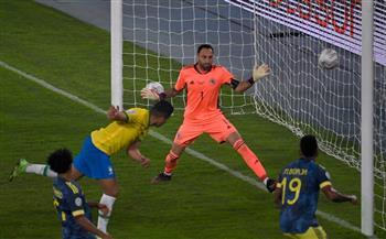 كاسيميرو يسجل الهدف الثاني للبرازيل أمام كولومبيا