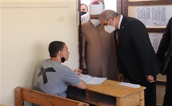 رئيس جامعة الأزهر يتفقد لجان الشهادة الثانوية الأزهرية للطلاب والطالبات بدمياط الجديدة  صور