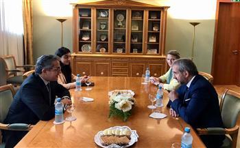 خلال زيارته ألمانيا.. العناني يبحث التعاون في تطوير متحف التحرير ومشروع «الأتوني»