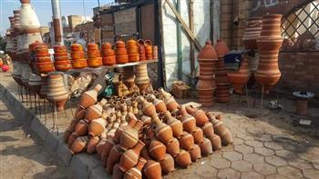 نائب-محافظ-القاهرة-تتابع-تطوير-قرية-الفواخير-في-مصر-القديمة-وإلحاق-معرض-بها