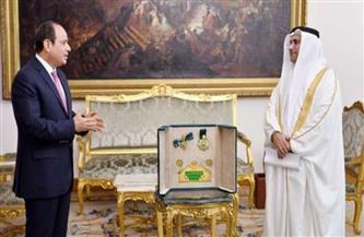 """نائب رئيس البرلمان العربي يكشف أسباب منح الرئيس السيسي """"وسام القائد"""""""