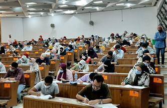 بدء امتحانات الفصل الدراسي الثاني بجامعة الإسكندرية وسط إجراءات احترازية| صور