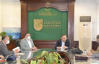 رئيس جامعة الإسكندرية يستقبل فريق الهيئة القومية لضمان جودة التعليم| صور
