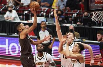 ناجتس يتغلب على بليزرز ويبلغ قبل نهائي الغرب بدوري السلة الأمريكي للمحترفين