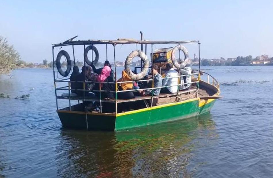 حملة على المعديات النهرية في رشيد بالبحيرة