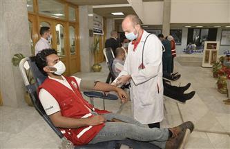 محافظ أسيوط يشهد انطلاق حملة للتبرع بالدم |صور