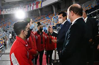 وزير الشباب والرياضة يشهد ختام بطولة كأس العالم للجمباز الفني | صور