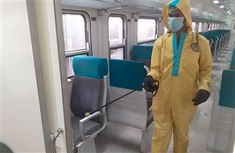 """""""السكة الحديد"""" تواصل تطهير وتعقيم المحطات والقطارات لمنع انتشار كورونا  صور"""