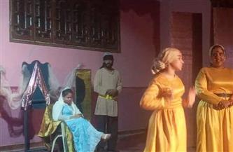 رئيس مدينة القصير يشهد العرض المسرحي «كوميديا الحب» | صور