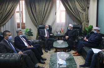 المفتي يستقبل وفدًا فلسطينيًّا.. ويؤكد دور مصر الداعم للقدس والقضية الفلسطينية