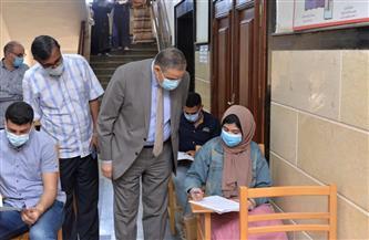 رئيس جامعة كفر الشيخ يتفقد امتحانات كليتي الآداب والتجارة | صور