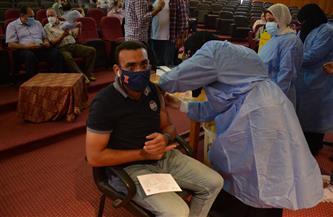 تطعيم أعضاء هيئة التدريس والجهاز الإداري بجامعة بورسعيد ضد فيروس كورونا |صور