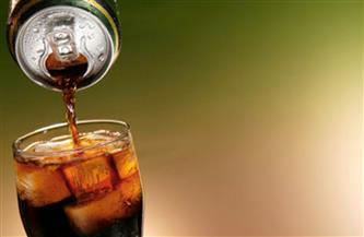 تناول «المشروبات الغازية».. شراء للموت البطئ