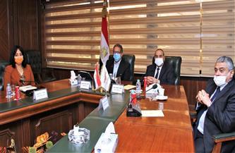 وزيرا الطيران المدني والسياحة يتفقان على تذليل العقبات أمام المستثمرين