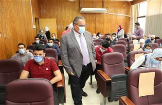 جولة تفقدية لنائب رئيس جامعة عين شمس بامتحانات كلية التمريض | صور