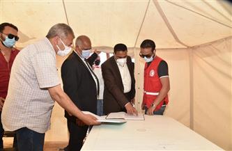 محافظ مطروح يتفقد معسكر الإيواء العاجل لبرنامج مجابهة الأزمات والكوارث | صور