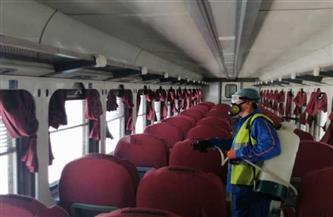 """""""السكة الحديد"""" تواصل تطهير وتعقيم المحطات والقطارات لمنع انتشار كورونا"""