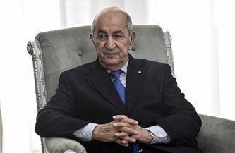 الرئيس الجزائري يدلي بصوته في الانتخابات التشريعية