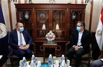 «العناني» يلتقي سفيرالمملكة الأردنية بالقاهرة لبحث تعزيز سبل التعاون
