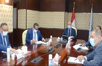 وزير الإسكان يبحث مع ممثلى جهات الدولة المختلفة سبل تعظيم الاستفادة من الأراضي