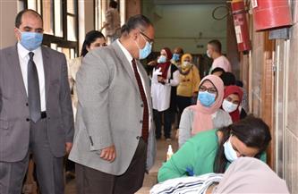 جولة تفقدية لنائب رئيس جامعة عين شمس بامتحانات كلية العلوم |صور